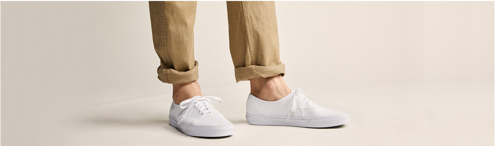Dockers Slim Fit Khaki with Sneakers